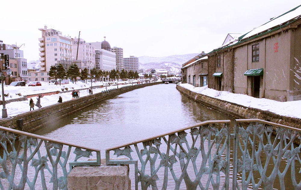 昼の小樽運河